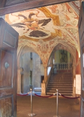 Palais Lascaris - English: Arms of Lascaris de Candia at the Ventimiglia palace, Nice, France.
