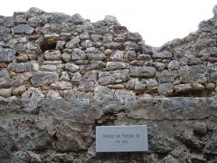 Remparts et cimetière avoisinant -  A section of the walls around Saint-Paul de Vence, Alpes-Maritimes department, France.