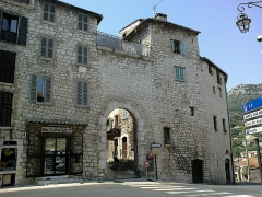 Remparts (vestiges des anciens) -  Vence Porte De L Orient