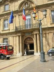 Hôtel de ville - Lëtzebuergesch: D'Stadhaus zu Aix-en Provence