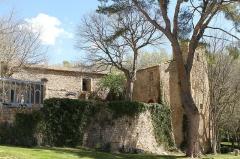 Château - English: The castle of La Barben (Bouches-du-Rhône, France)