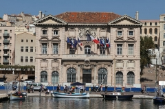 Hôtel de ville - English: The town hall of Marseille, view from the Old Port of Marseille (Bouches-du-Rhône, France)