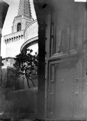 Eglise Saint-Martin (partie ancienne et partie récente) -