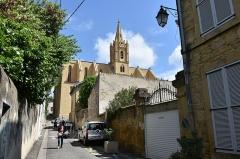 Eglise Saint-Laurent - Nederlands: Église Saint-Laurent - Salon-de-Provence 23-05-2018 11-37-37