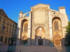 Basilique Sainte-Marie-Madeleine -  Da Vinci Code: Cathedral Saint Maximin