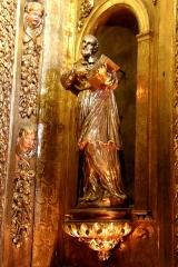 Ancienne cathédrale, puis église paroissiale Saint-Véran - Français:   Statue en bois doré représentant saint François de Salles dans la chapelle César de Bus dans la cathédrale de Cavaillon.