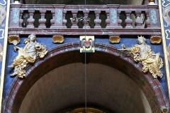 Eglise paroissiale Notre-Dame-des-Anges - Français:   Collégiale Notre-Dame des anges- Sculptures de Jean Péru (1650-1723) représentant des figures allégoriques: à droite la justice et à gauche la prudence.