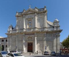 Eglise paroissiale Notre-Dame-des-Anges - Français:   Église Notre-Dame-des-Anges, L\'Isle-sur-la-Sorgue. (Vaucluse, France).
