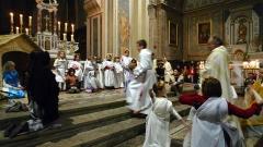 Eglise Notre-Dame-de-Nazareth (ancienne cathédrale) - Français:   Début de la messe de minuit après la veillée de Noël dans la cathédrale d\'Orange