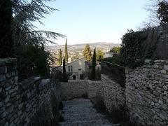 Château (ruines) et rocher qui les porte -  Road to Comtal du Château