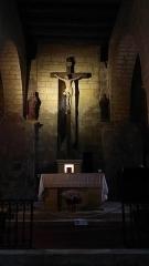 Eglise Saint-Martin de Tayac - Français:   Autel de l\'Eglise des Eyzies de Tayac