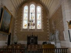 Eglise Saint-Pierre-ès-Liens - Français:   Le transept est de l\'église Saint-Pierre-ès-Liens de Montignac vue de l\'ouest, Dordogne, France.