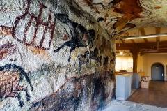 Grotte de Lascaux - Deutsch:   MUT: Museum der Universität Tübingen - Alte Kulturen - Sammlungen im Schloss Hohentübingen - Tiermotive aus der Höhle von Lascaux - Nachbildung  - Originale: Magdalènien, ca. 17.000 Jahre alt. Nachbildung: Niezing 1974 (restauriert 1995)