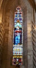 Eglise Saint-Germain de Rouffignac - Français:   Vitrail représentant la Vierge Marie, église Saint-Germain de Paris, Rouffignac-Saint-Cernin-de-Reilhac, Dordogne, France.