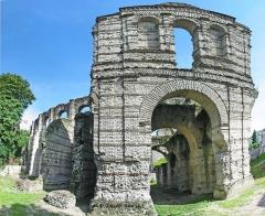 Restes de l'amphithéatre dit Palais Gallien - English: The Palace Gallien vestige gallo-roman in Bordeaux.