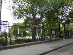Jardin public - English: Jardin public de Bordeaux, railings on Cours de Verdun, Bordeaux, France, July 2014