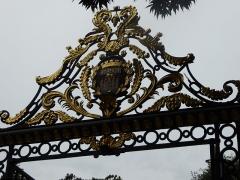 Jardin public - English: Jardin public de Bordeaux, gate on Cours de Verdun, Bordeaux, France, July 2014
