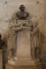 Eglise Saint-André - English: Eglise; Cubizac-les-Ponts, Gironde, Aquitaine, France;; ref: PM_094214_F_Cubzac_les_Ponts; monument funéraire de A. Arnaudin; Photographer: Paul M.R. Maeyaert; www.pmrmaeyaert.eu; © Paul M.R. Maeyaert; pmrmaeyaert@gmail.com; Cultural heritage; Cultural heritage/Sculpture; Europeana; Europe/France/Cubizac-les-Ponts;