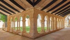 Ancien couvent des Cordeliers - Français:   Cloitre des Cordeliers à Saint Emilion