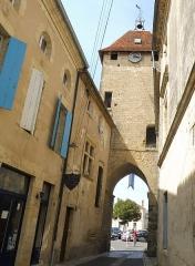 Enceinte fortifiée de la Ville - Français:   Porte de Benauge à Saint-Macaire-33.