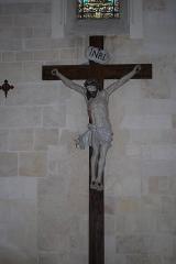 Eglise Saint-Etienne - Tauriac église crucifix