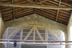 Ancien prieuré d'Arthous - Français:   Abbaye d\'Arthous - intérieur, réparation d\'une voute au-dessus du cœur.