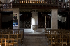 Eglise Saint-Vincent - English:  Baptismal font, sheltered under the organ galery. Maurice Ravel was baptized there.