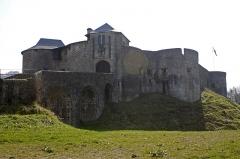 Vieux Château de Mauléon -  The castle mound for the glacis.