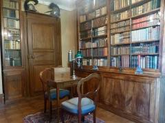Ancien Hôtel Marco - Français:   Lampe à huile du 19e s., type \