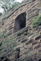 Ruines du château Guirbaden - Deutsch: Burg Girbaden. Bergfried der Westburg