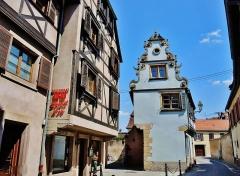 Maison - Français:   Ruelle de Molsheim. Bas-Rhin