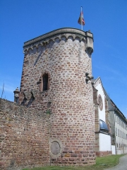 Vieux remparts -  Author: rabbijacob  Source: personnal files
