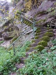 Ruines du château Ochsenstein - English: Stairs of the castle of Grand Ochsenstein, Bas-Rhin, France.