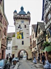Tour dite Tour Neuve ou Tour de l'Horloge - Français:   Tour de l\'horloge