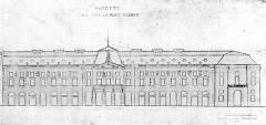 Bâtiment de l'Aubette - English: Aubbette, Strasbourg, front view.