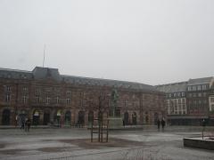 Bâtiment de l'Aubette - Français:   L\'Aubette de Strasbourg en hiver.