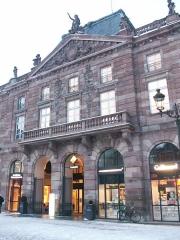 Bâtiment de l'Aubette - Français:   Entrée principale de l\'Aubette côté Place Kléber à Strasbourg