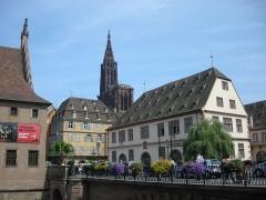 Ancienne douane -  Musée historique de la Ville de Strasbourg (à droite de la cathédrale)