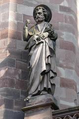 Eglise protestante Saint-Pierre-le-Vieux - Alsace, Bas-Rhin, Église Saint-Pierre-le-Vieux de Strasbourg (PA00085031). Statue de saint Pierre (XIXe)