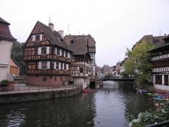 Maison -  Petite France, Strasbourg, Maison de l'éclusier (XVIIIe-1950), 2 quai des moulins