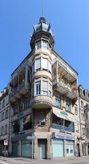 Immeuble - Français:   Immeuble, 1 place Broglie, Strasbourg.