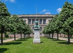 Palais Universitaire - English: Straßburg, bust of Johann Wolfgang von Goethe, palais universitaire de Strasbourg