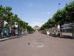Théâtre municipal, actuellement Opéra du Rhin - English: The Broglie place, in Strasbourg