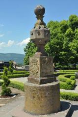 Vestiges du couvent cistercien de Neubourg - Deutsch: Mont Sainte-Odile, Sonnenuhr