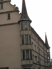 Maison - English: House with turrets in Colmar, France.