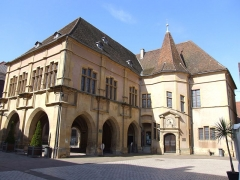 Hôtel de ville - Français:   Datant du XVIe siècle, le Palais de la Régence fut le siège administratif des possessions rhénanes des Habsbourg.