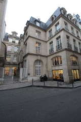 Ancien hôtel de la Porte, actuellement musée du Barreau de Paris - English: Hôtel de La Porte during the Festival of the public domain 2015 in Paris, France.