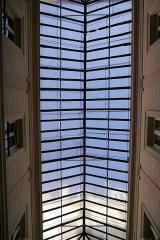 Passage Vendôme et immeubles - English: Passage Vendôme, Paris. Skylight.