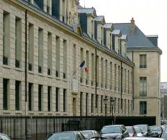Pavillon de l'Arsenal, actuellement bibliothèque de l'Arsenal - Français:   Rue de Sully (bibliothèque de l\'Arsenal) - Paris IV