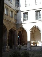 Temple des Billettes (ancien couvent des Carmes-Billettes) -